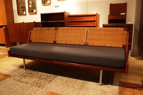 【DANISH VINTAGE FESTA】ウェグナーの家具入荷しました!