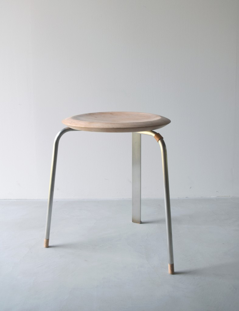 Tone stool silver