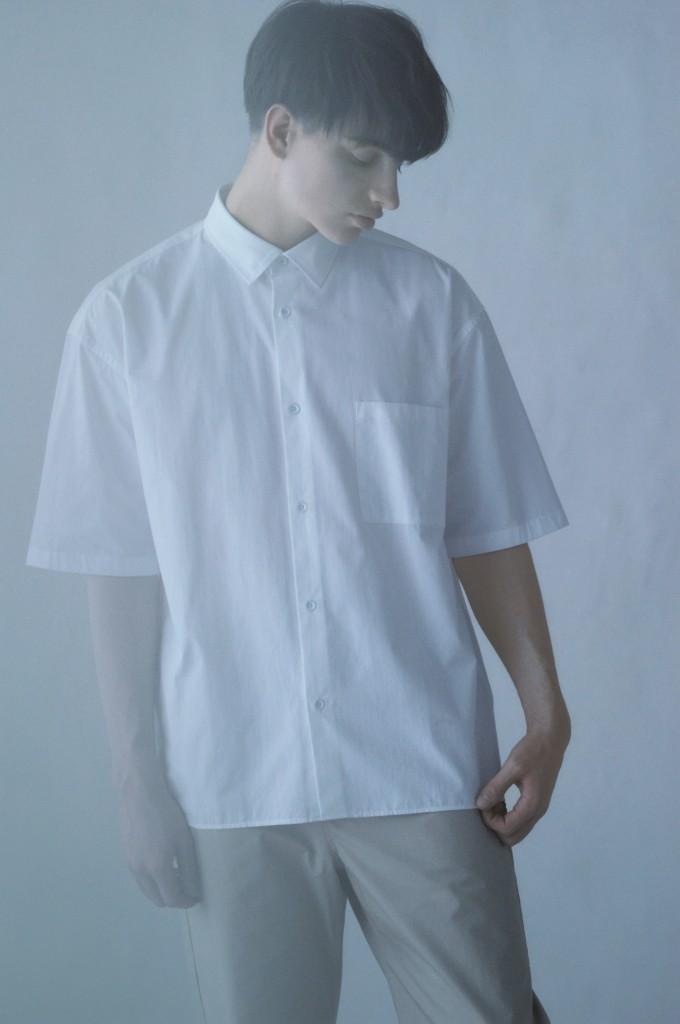 eaukシャツ